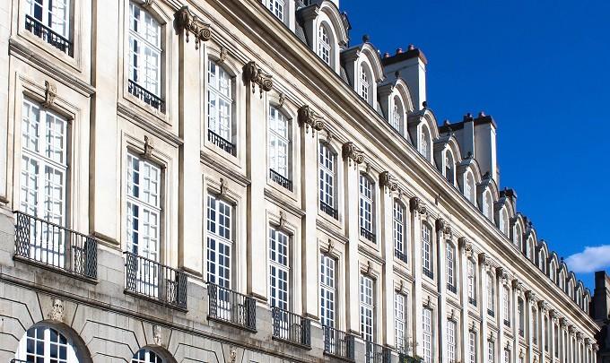 Combien de temps s'écoule entre la mise en vente et la remise des clés d'un bien immobilier à Rennes?